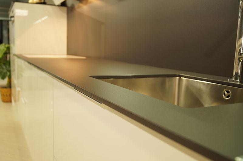 encimera-de-cocina-moderna